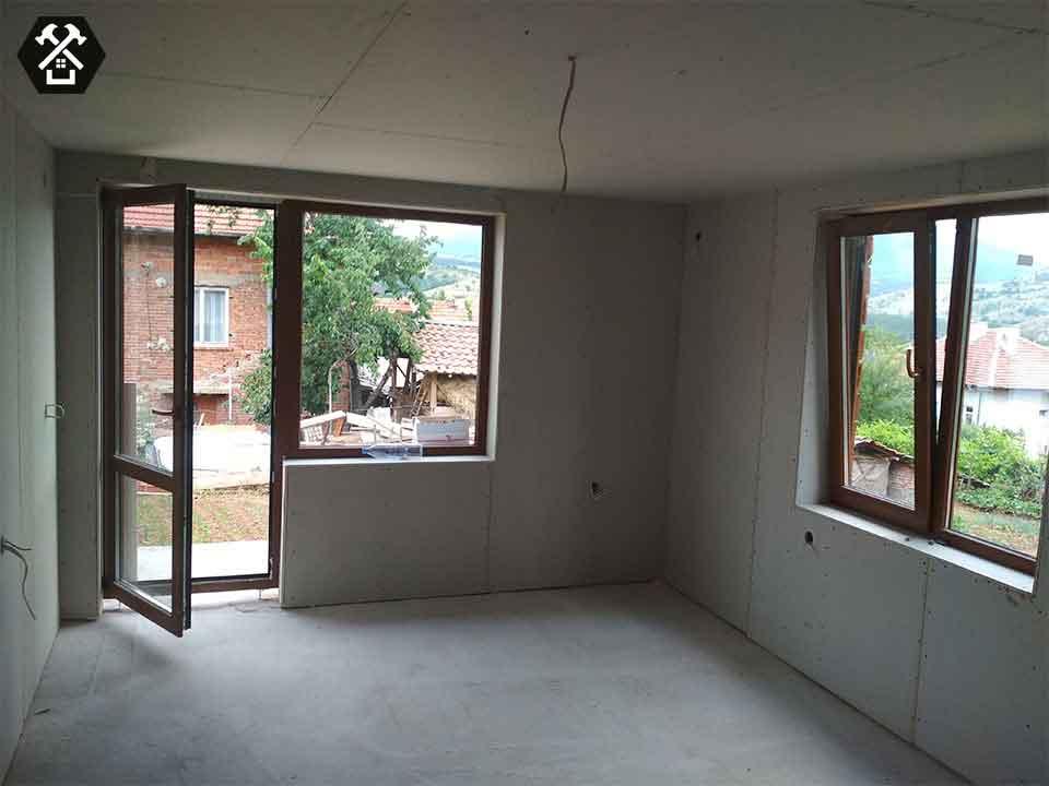 Ремонт на къща и смяна на дограма